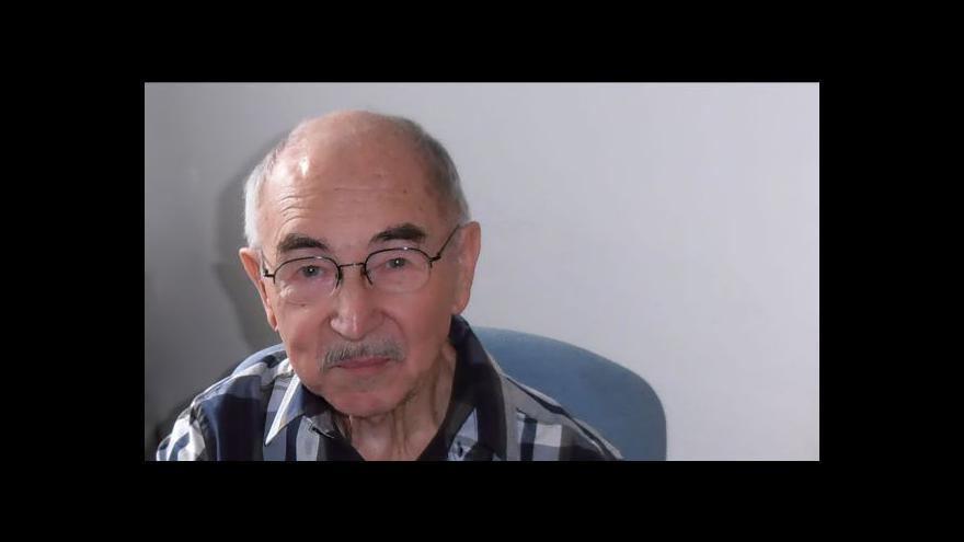 Video Zdeněk Velíšek pročítá zahraniční tisk