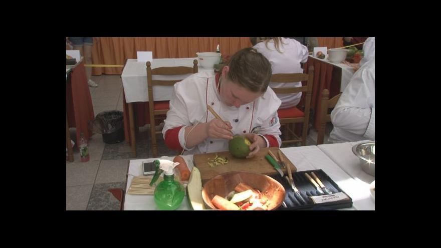 Video Umění zručných řezbářů
