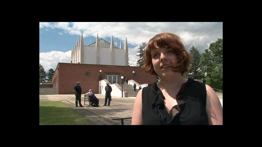 Video Lucie Valdhansová o brněnském krematoriu