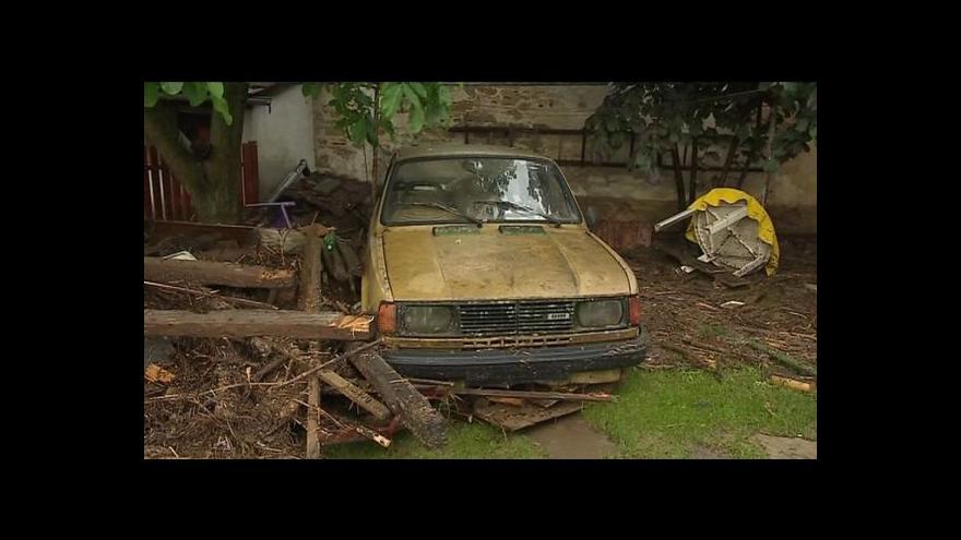 Video Bleskové povodně zasáhly Moravu i západní Čechy