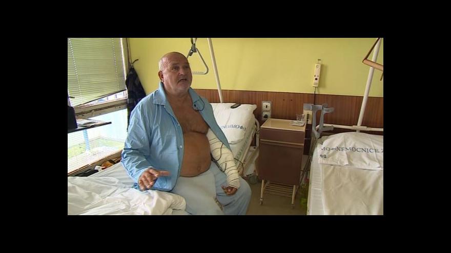 Video Jozef Husár popisuje, jak marně hledal pomoc na Slovensku
