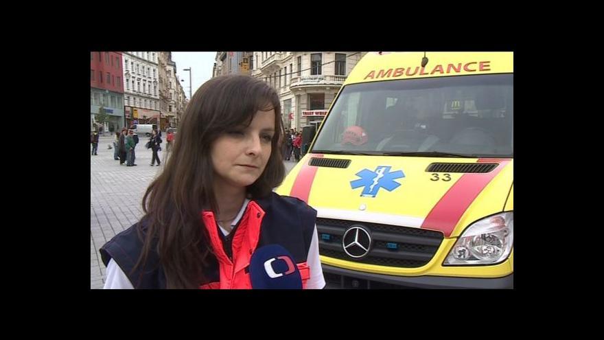 Video Mluvčí brněnské záchranky Barbora Zuchová hovoří o defibrilátorech v ulicích města