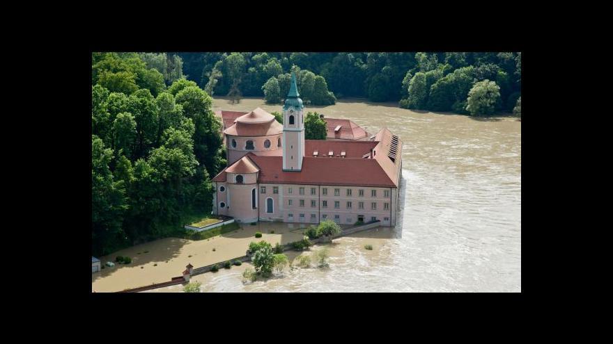 Video Dunaj a Labe dál trápí Evropu