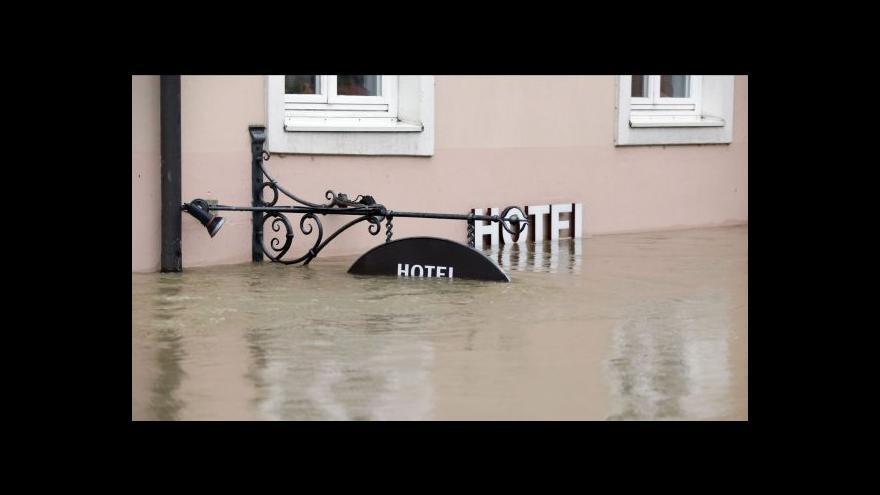 Video Pasov zažívá historické záplavy (Zprávy 23:00)