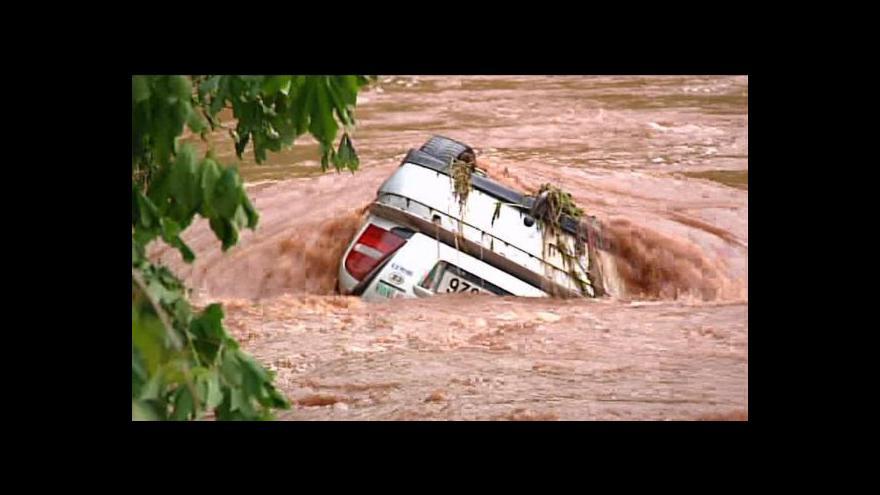Video Povodně v okolí Jaroměře, Hradce Králové a Trutnova