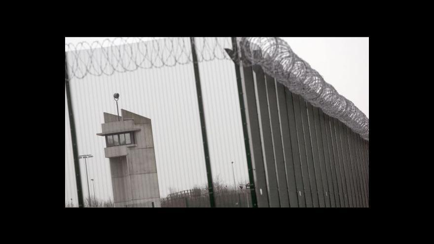Video Francie dopadla mezinárodně hledaného gangstera