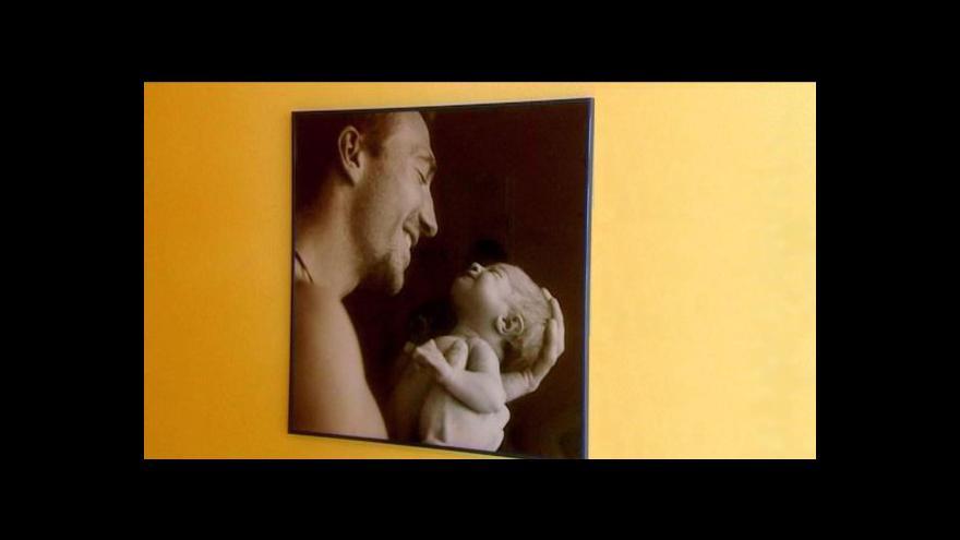 Video Problematické ppolatky pro otce u porodu