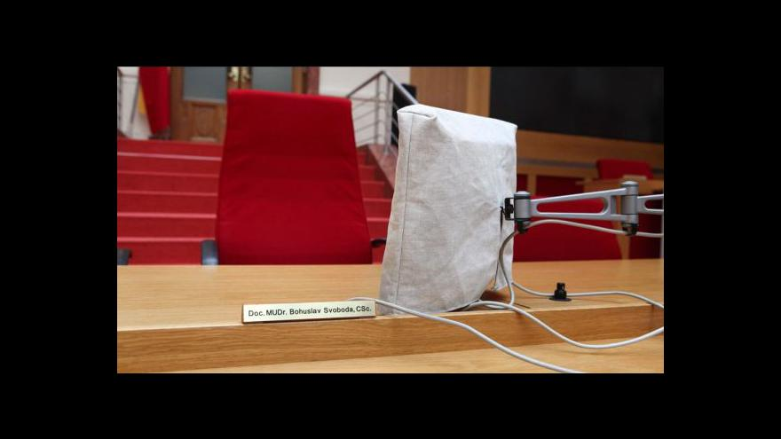 Video Události ČT o situaci na pražské radnici