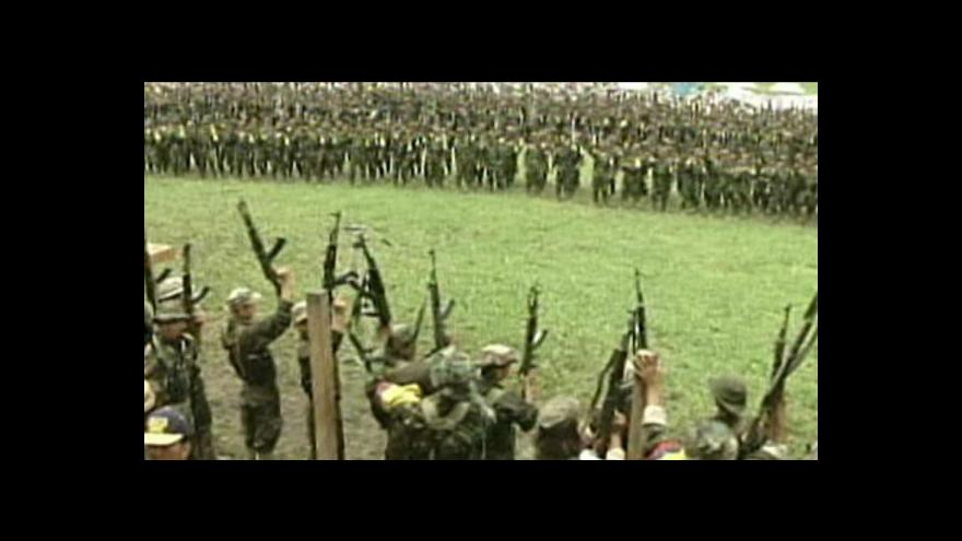 Video Kolumbijská vláda se dohodla s FARC
