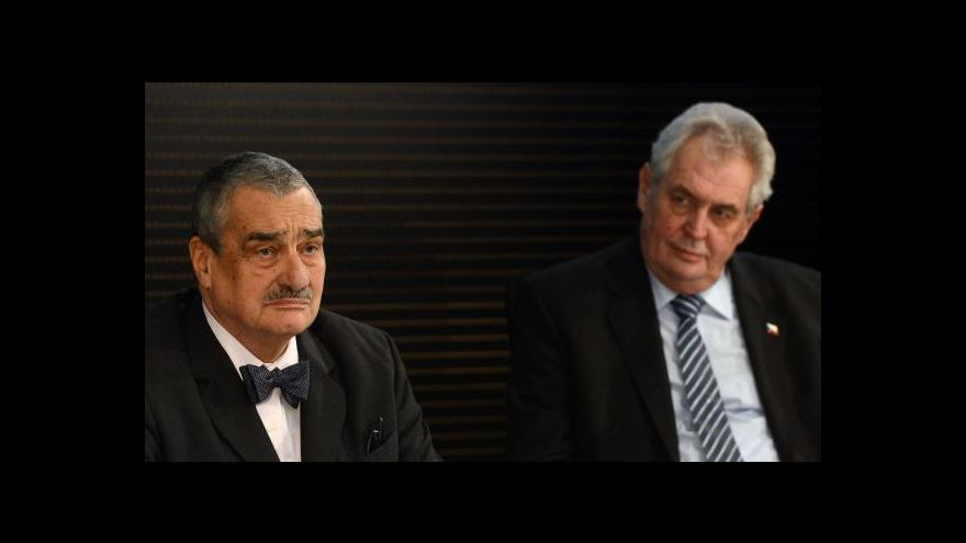 Video Spor mezi Schwarzenbergem a Zemanem tématem Událostí ČT