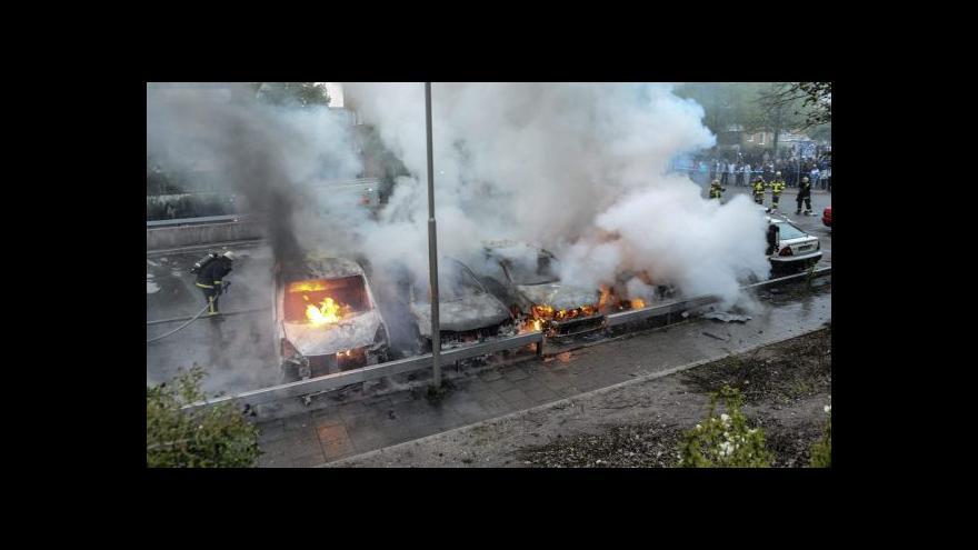 Video Nepokoje ve Stockholmu se rozšířily i mimo metropoli