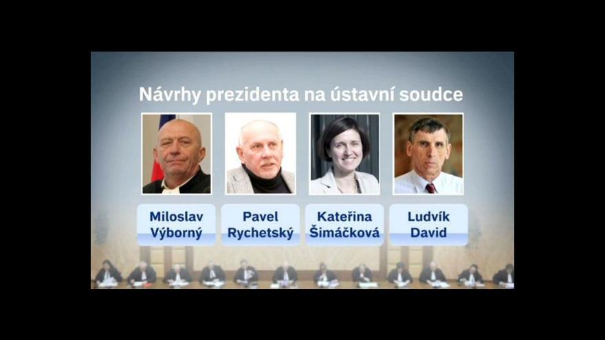 Video Komplikace s ústavními soudci