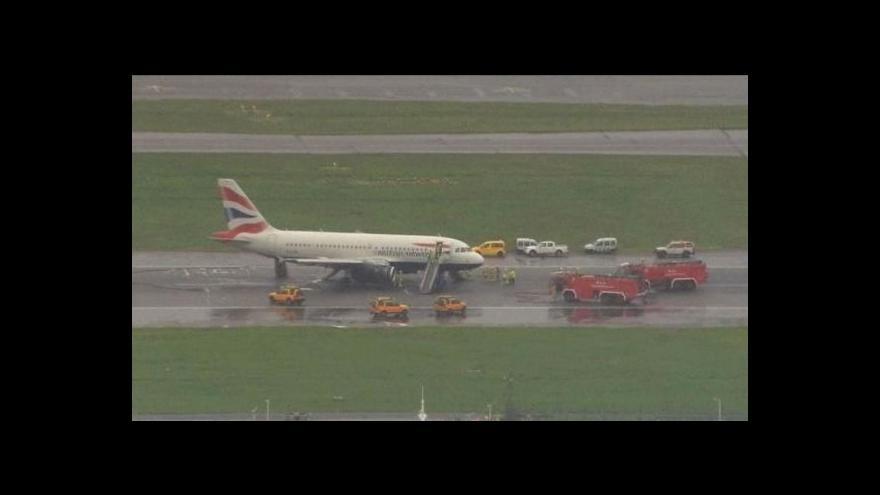 Video Telefonát Jana Jůna k nehodě na Heathrow