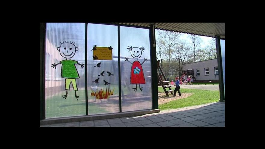 Video Vláda posvětila dětské skupiny