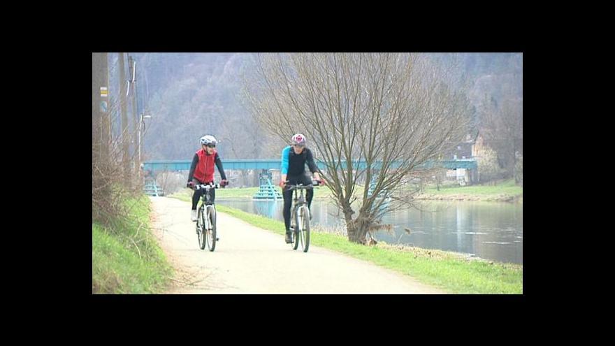 Video Vyražte do práce na kole