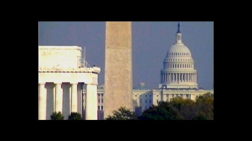 Video MMF varuje USA kvůli škrtům