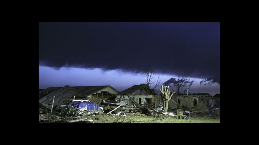 Video Nejhorší tornádo za poslední roky - v Oklahomě zemřelo 24 lidí