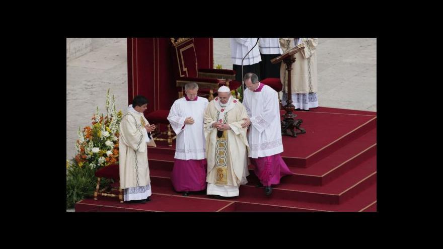 Video Papež svatořečil více než 800 křesťanů