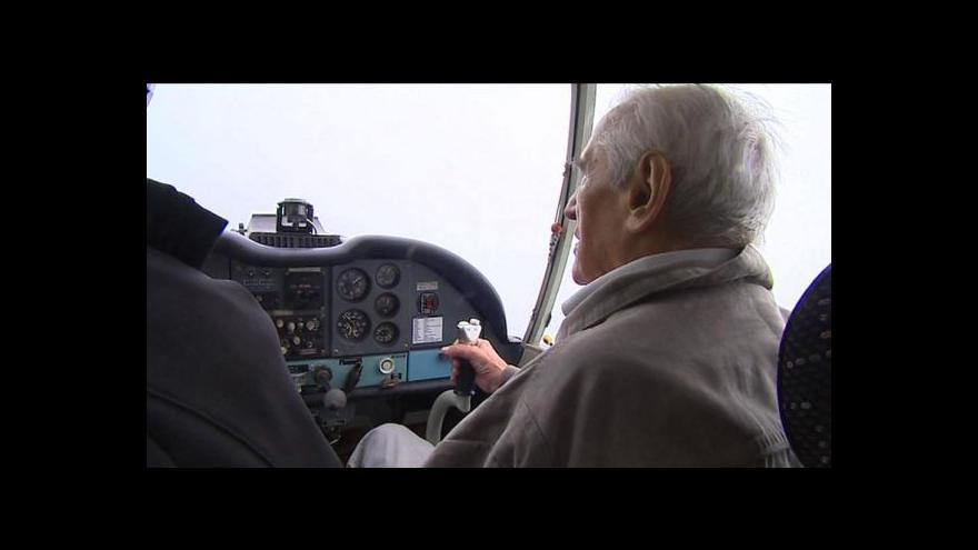Video Generál Štandera se vznesl i v 95 letech