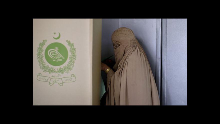 Video Pákistánské volby poznamenaly útoky
