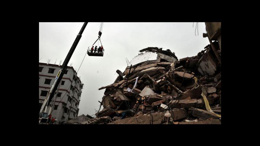 Video Záchranáři stále pátrají po přeživších