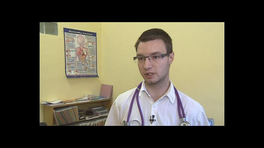 Video Lékař z plicní kliniky Fakultní nemocnice Brno Svatopluk Richard mluví o e-cigaretách