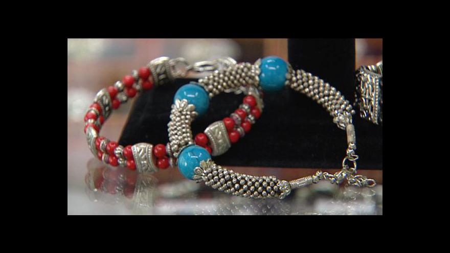 Video Pozor na padělky šperků a falešné drahé kameny
