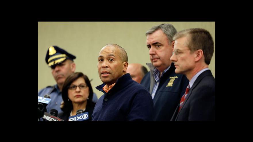 Video Brífink bostonské policie k pumovým útokům