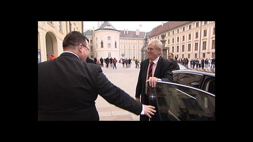 Video Zeman a Schwarzenberg se přou o jmenování velvyslanců