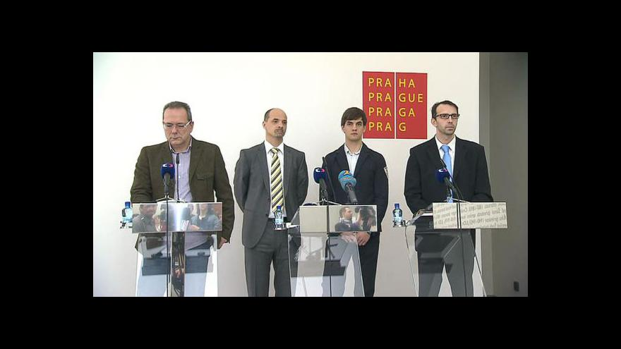 Video Brífink pražských radních k obvinění v kauze Opencard