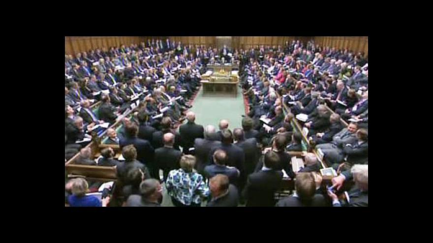 Video Úryvek projevů Davida Camerona a Nicka Clegga