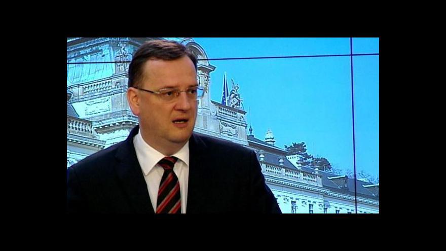 Video Reakce premiéra Petra Nečase na dění v ÚSTR