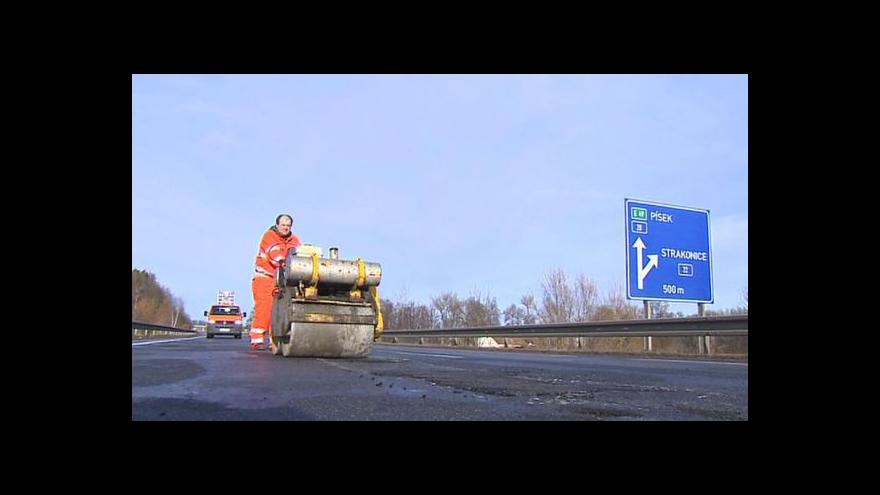 Video Antonín Bruštík a Veronika Kabátová k silnicím