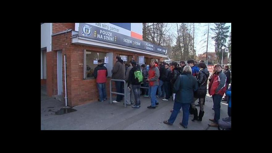 Video Téma hokejového zápasu v UvR