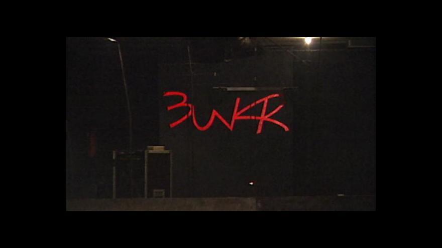 Video Z rockového klubu policejní služebna