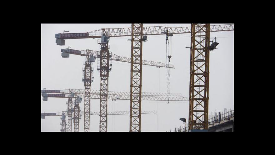 Video Situace ve stavebnictví a průmyslu tématem Ekonomiky ČT24
