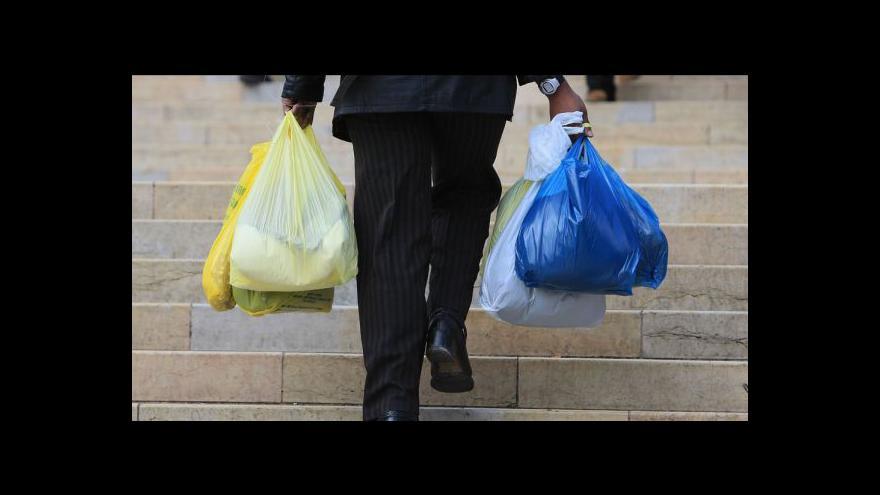 Video Komentář Petra Robejška ke zdanění igelitových tašek