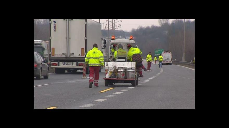 Video NO COMMENT: Přípravné práce před opravou vozovky na D1 u Brna