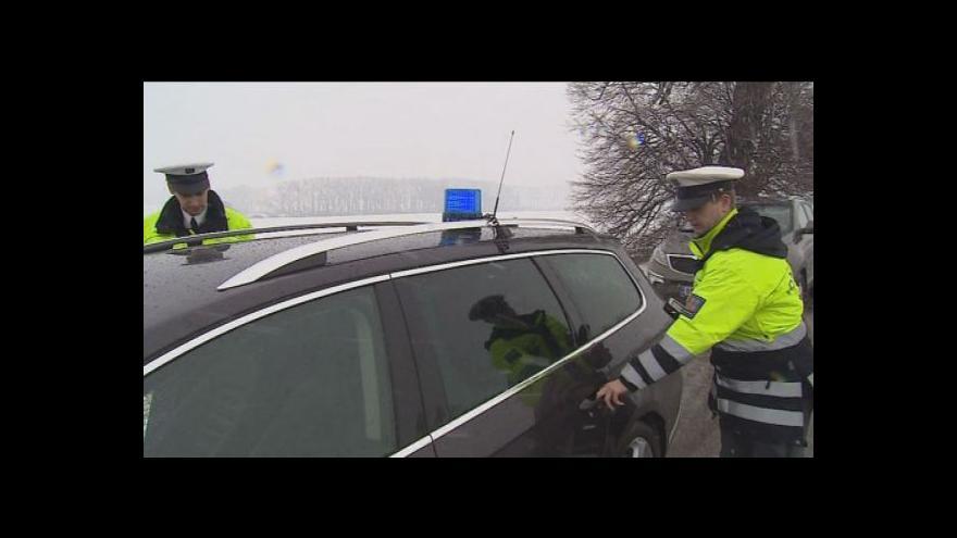 Video Na Velikonoční pondělí jsou silnice plné policistů