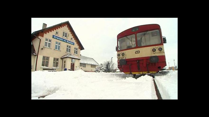 Video Události: Morava se vyrovnávala s nadílkou sněhu