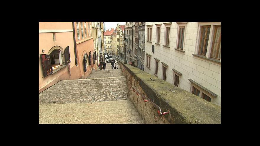 Video Nové zámecké schody jsou opět otevřené