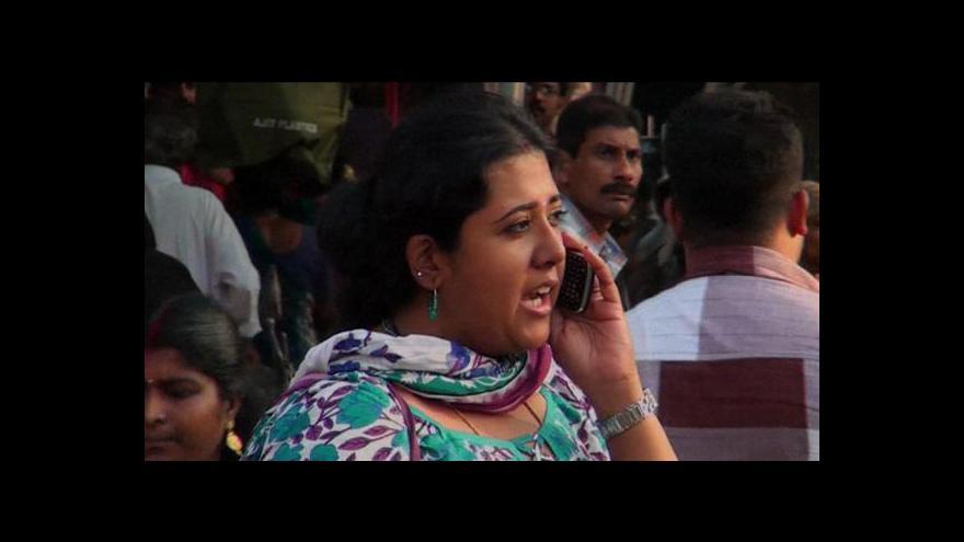Video Indičtí rodiče chtějí pro děti bezpečný telefon