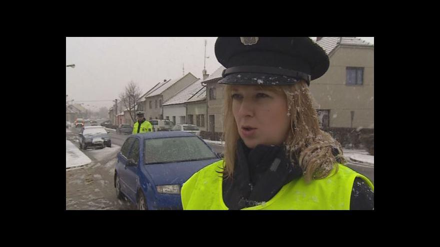 Video Policejní mluvčí Alice Navrátilová a řidič Jan Zapletal komentují kontroly