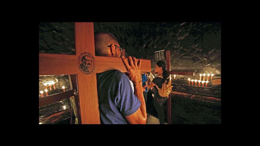 Video Křesťanský svět si připomíná Velký pátek
