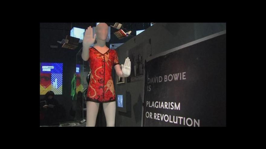 Video David Bowie - výstava v Londýně