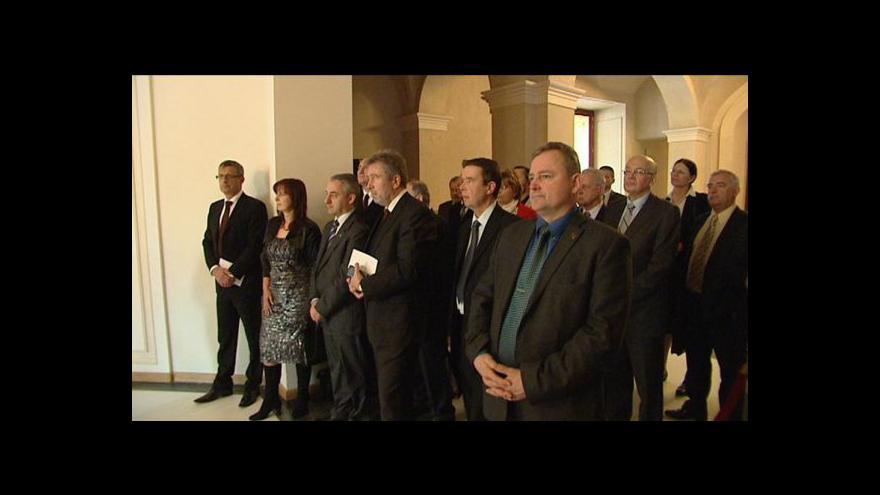 Video Odboráři Zemanovi představili své recepty na podporu ekonomiky