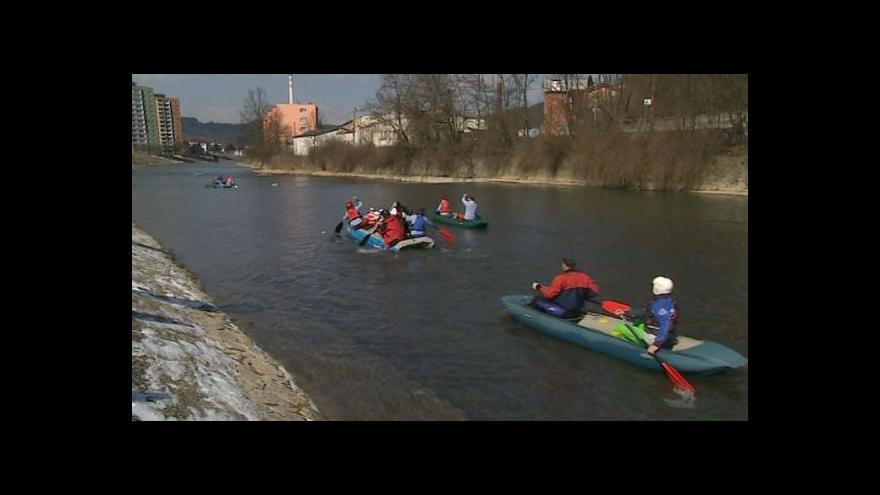 Video Simona Hlaváčová, vedoucí vsetínských vodáků