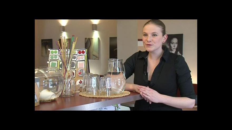 Video Kateřina Eichlerová z kavárny Mezzanine