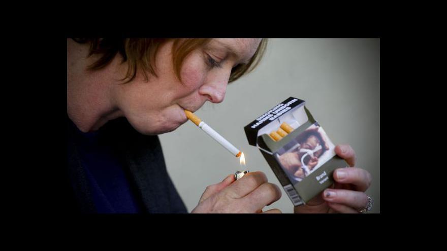 Video Brusel chce zabránit mladistvým začít s kouřením