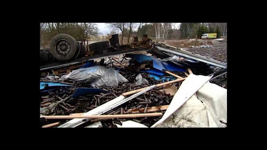 Video Marek Štětina o láhvích na silnici